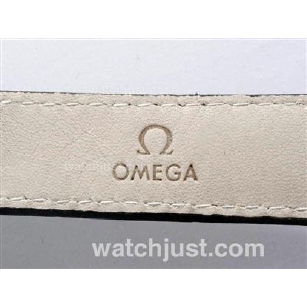 1:1 Perfecy UK Sale Omega Hour Vision Automatic Fake Watch With Brown And White Dial For Men