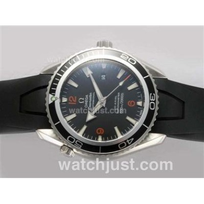 Cheap UK Sale Omega Seamaster Automatic Replica Watch With Black Dial For Men