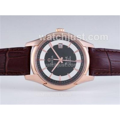 Good Quality UK Sale Omega Hour Vision Automatic Fake Watch With Black And White Dial For Men